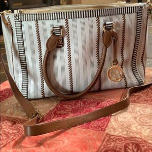 Henri bendel large shoulder /handbag